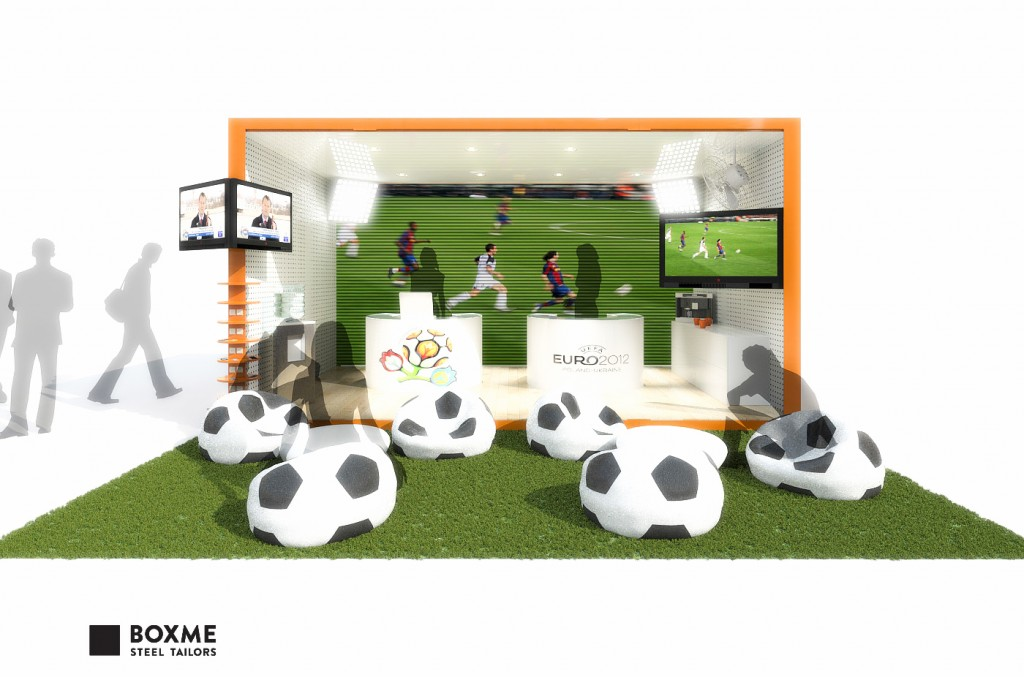 BOXME_containers_Orange_promo_stand-3